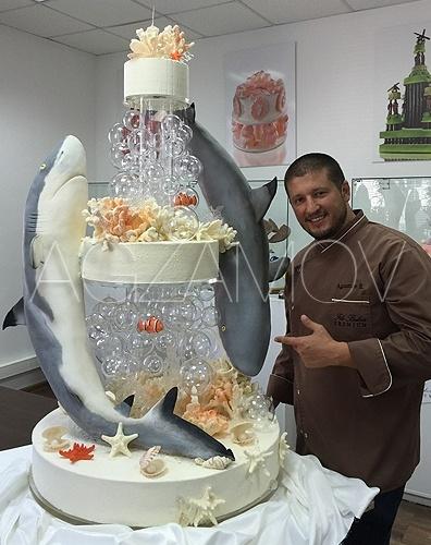 Ренат агзамов стоимость торта